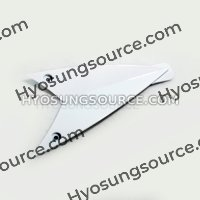 Genuine Upper Fairing Right Infill White Hyosung GT250R GT650R