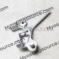 Genuine Front Right Footrest Bracket Hyosung GD250N GD250R